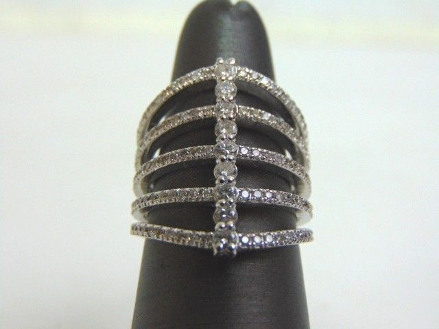 Women's 14K White Gold Diamond Ring 9.7g E3510