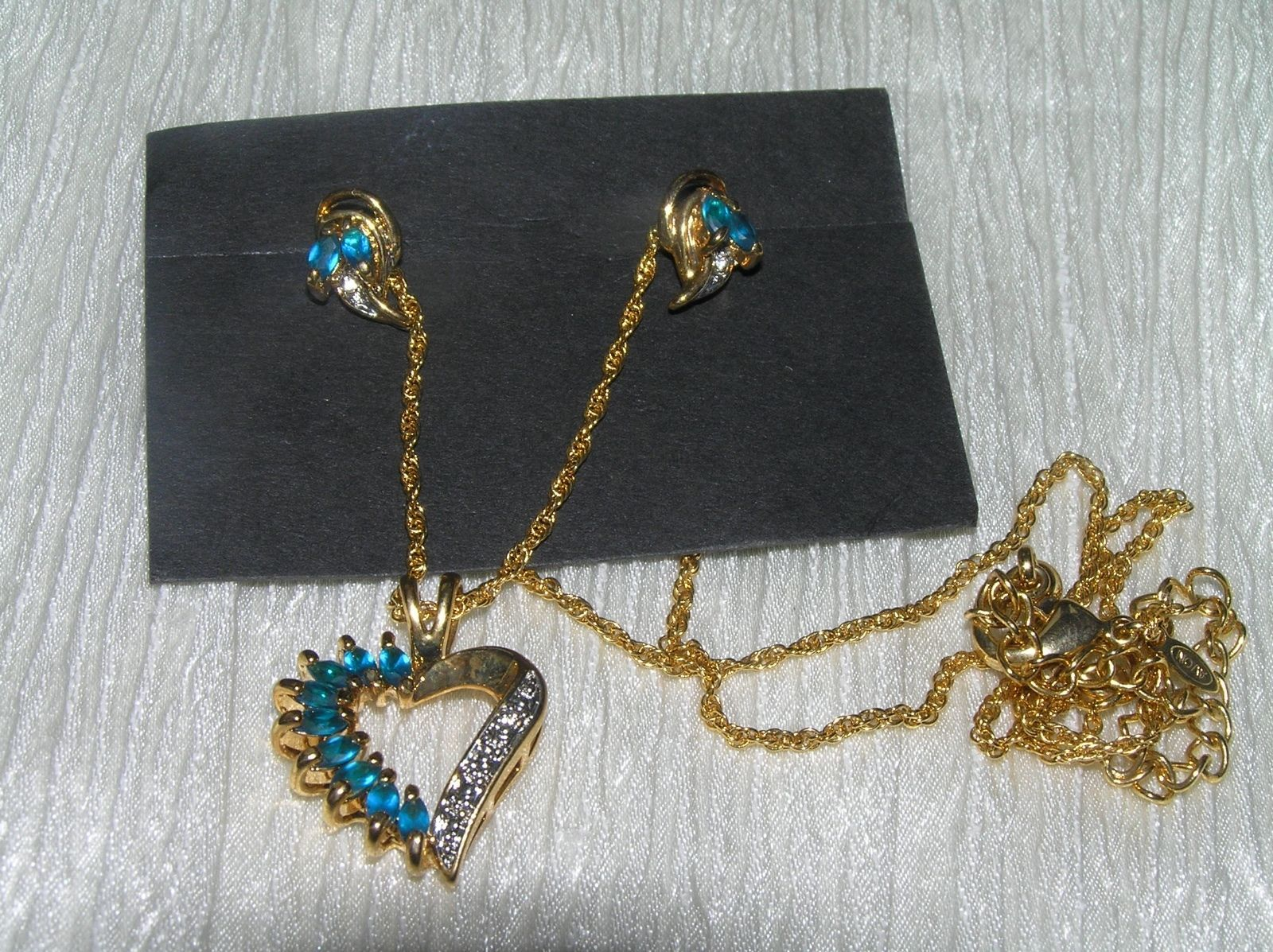 Estate Demi Aqua Blue Marquise Rhinestone with Clear Accents Goldtone Open Heart