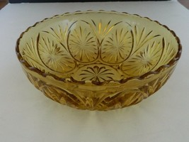 Medallion Yellow Amber Star & Cameo Glass Vegetable Serving Bowl Anchor ... - $14.80