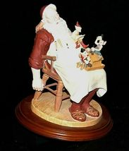 Days to Remember - Norman Rockwell Santa with Helpers Figurine AA19-1648 Vintag image 8
