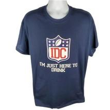 Gildan Mens T-Shirt Sz XL IDC Football Here To Drink Novelty Tee Dryblend - $14.50