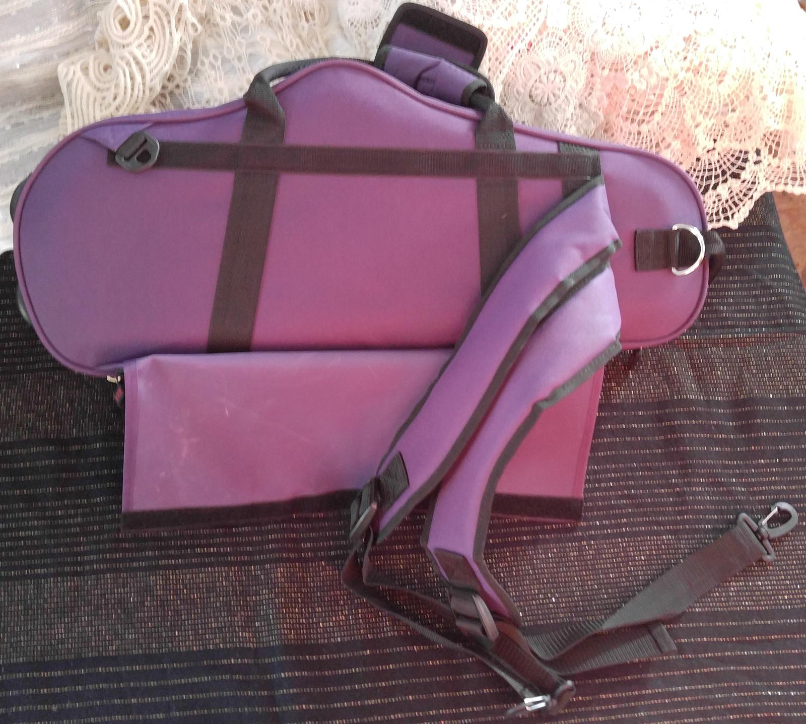 Protec Max Contoured Alto Saxophone Case - Purple