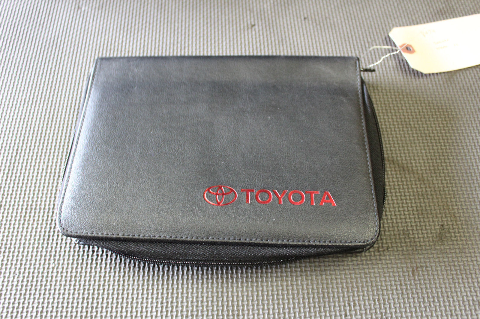 2002 Toyota Tundra Booklet Manual Owner and 50 similar items. S l1600