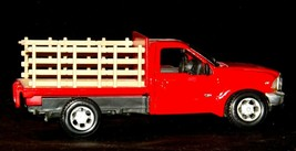 Maisto Ford 350 die-cast replica toy red truck with hay rack AA19-1646 Vintage image 2