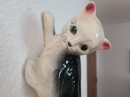 """15"""" Vintage Wall Climbing Pottery Cat image 2"""