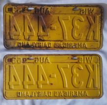 1953 54 Tags WIS Wisconsin license pair plates image 4