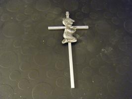 Adorable Metal Pewter Boy Praying on Cross for ... - $8.90