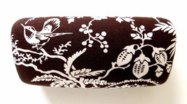 Vera Bradley Hard Clamshell Eyeglass Sunglass Case Imperial Toile New w/o Tag - $29.00
