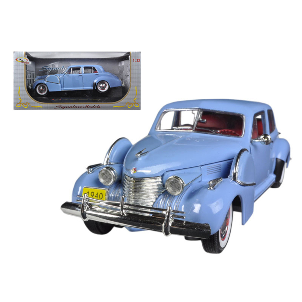 1940 Cadillac Sixty Special Blue 1/32 Diecast Car Model by Signature Models 3236