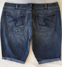 WOMENS SILVER JEANS SHORTS Dark Mid Rise Suki Stretch Denim Jean Short P... - $34.97