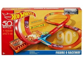 Mattel Hot Wheels Throwback Figure 8 Raceway Exclusive Track Set NIB/Sealed - $42.99