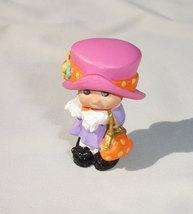 Hallmark Merry Miniatures Kids Little Girl Playing Dress Up - $6.25