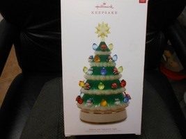 "Hallmark Keepsake ""Porcelain Tabletop Christmas Tree"" 2018 Light Ornamen... - $42.32"