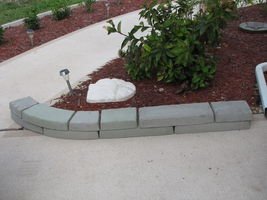 GE-7000 Garden Edging Lawn Landscape Molds (4) Make Stacked Concrete Walls Too image 6