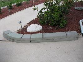 GE-7000 Garden Edging Lawn Landscape Molds (4) Make Stacked Concrete Walls Too image 6