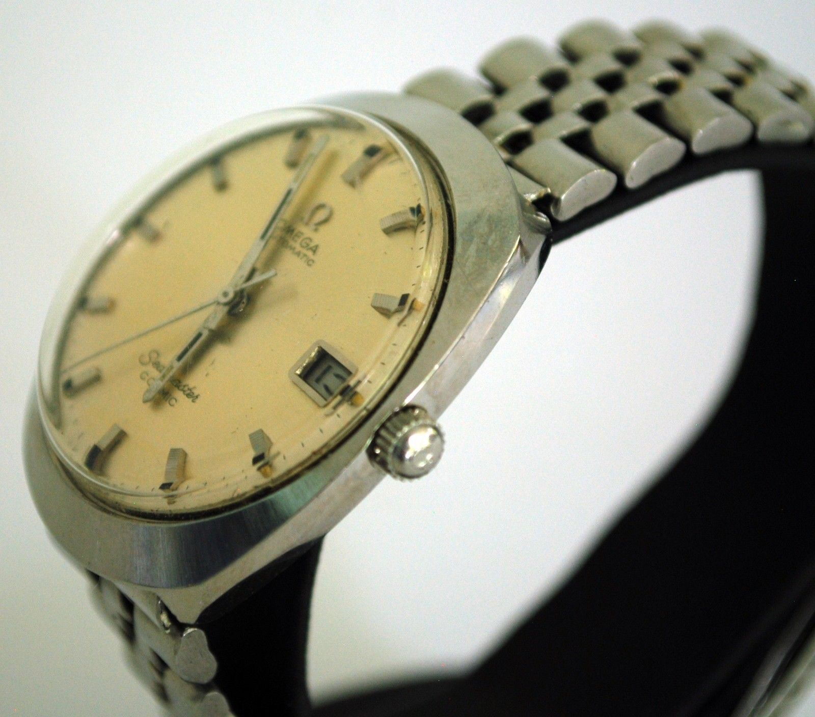 Vintage 1970's Omega Seamaster Cosmic Wristwatch, Mint!
