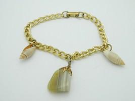 Beige Striated Agate Stone Shell Charm Bracelet Gold Tone Vintage - $19.79