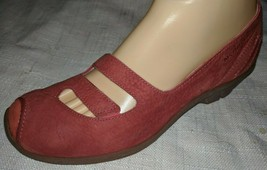 Merrell  Red Suede Leather Mary Janes Sz 8 / 38.5 - $37.61