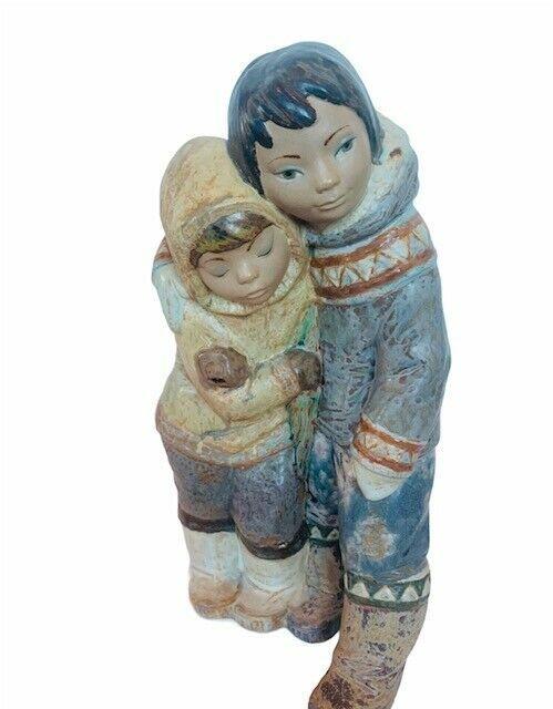 Lladro Nao Daisa Spain porcelain statue sculpture Arctic boy girl Eskimo Inuit  - $292.05