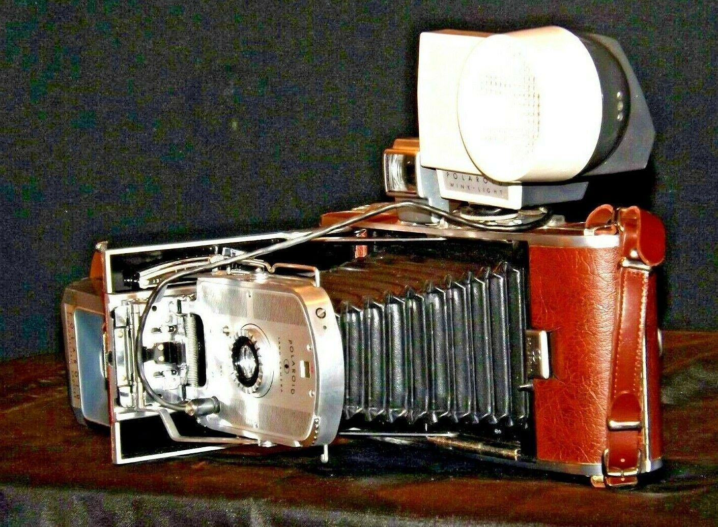 Polaroid Land Camera Model 95B USA AA19-1606 Antique