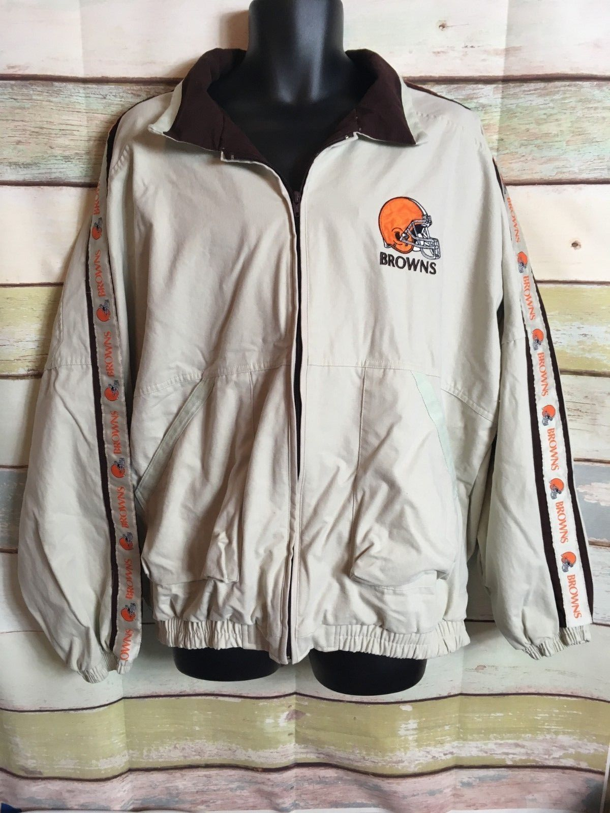 Primary image for Pro Player mens size xl Cleveland Browns Khaki Jacket Full Zip Front spell out