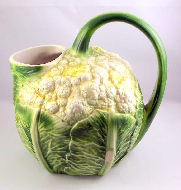 Ceramic cauliflower shape juice pitcher hand painted in Italy