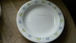 CORELLE FORGET ME NOT FLAT RIMMED SOUP BOWLS / PLATES X 4 8.5 INCH BRAND... - $37.39