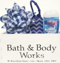 Bath and Body Works Fresh Sparkling Snow Pocketbac,  Holder & Blue Bow M... - $19.29