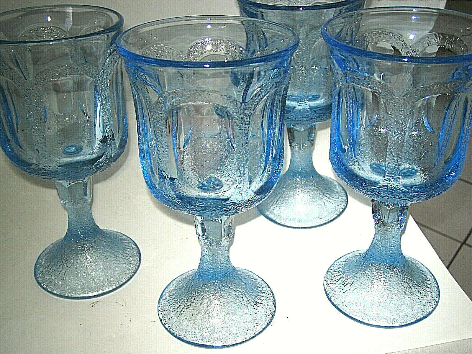 "Primary image for Fostoria WOODLAND BLUE Set of 4 Water Wine Glass 6 7/8"" Blue Glass Excellent"