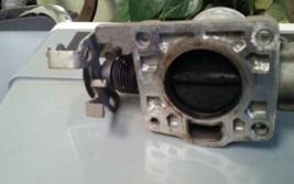2002 FORD TAURUS 3.0L OHV ENGINE THROTTLE BODY VALVE ASSEMBLY 00 01 02 image 2
