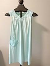 "Ladies  / Women's Vintage Shadowline Short Nightgown - Bust to 40"" - Min... - $16.69"