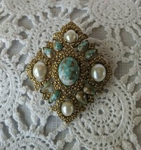 Ladies Sarah Coventry Designer Signed Gold Tone Stone Brooch Pin Pendant - $12.60