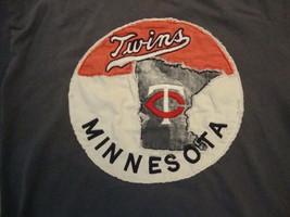 MLB Minnesota Twins Red Jacket Brand T Shirt Size S - $17.81