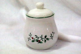Royal Seasons Holly Vine Covered Sugar Bowl Pattern RN4 - $9.00