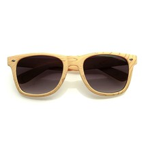 Unique Style Indie Fashion Wood Print Retro Horned Rim Sunglasses - $5.64