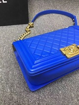 AUTHENTIC CHANEL ROYAL BLUE QUILTED VELVET MEDIUM BOY FLAP BAG SHW image 7