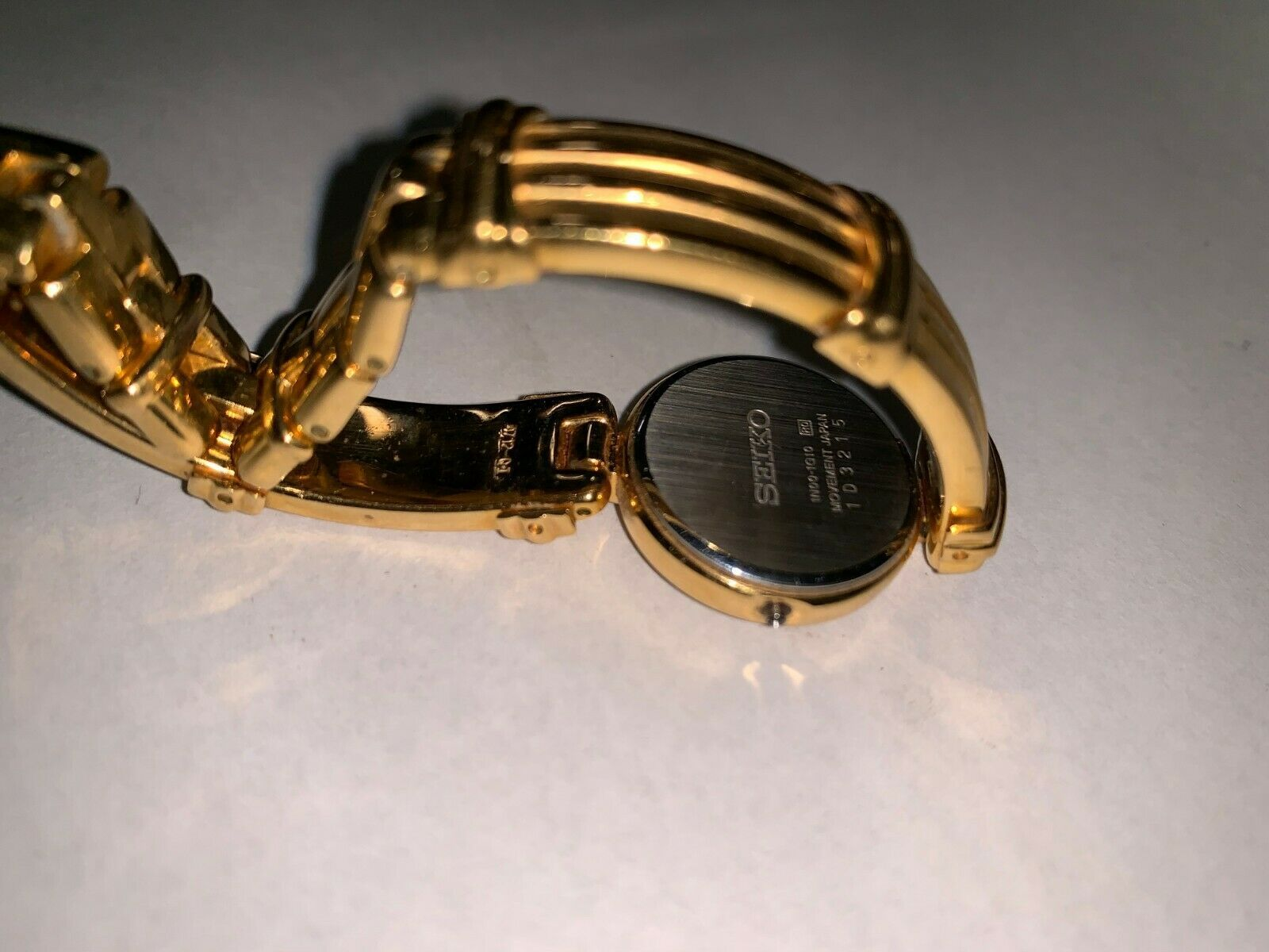"""Seiko Gold Colored Watch 6"""" 1D3215"""