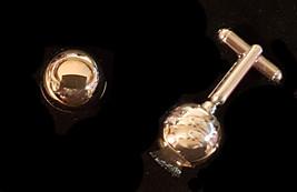 the opening eye Cufflinks in shape of opening eye supplied in gift box - $19.75