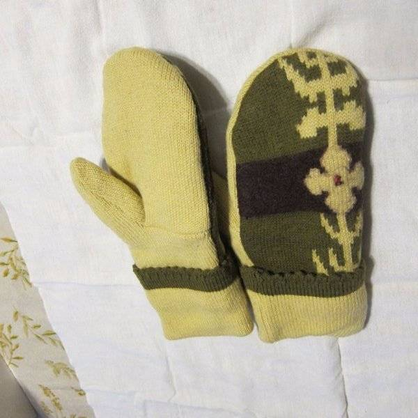 Recycled Handmade Wool Ladies Teens Mittens Yellow/Brown/Green Size M/L