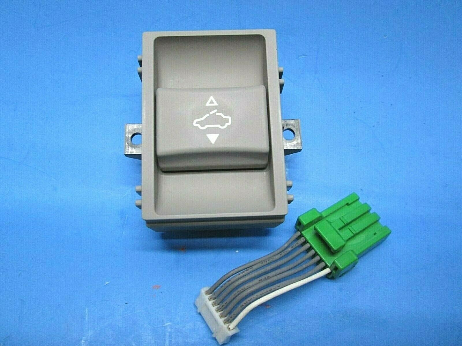 Primary image for 05 06 07 08 Acura RL sunroof switch button ivory 35830-SJA-013ZC OEM