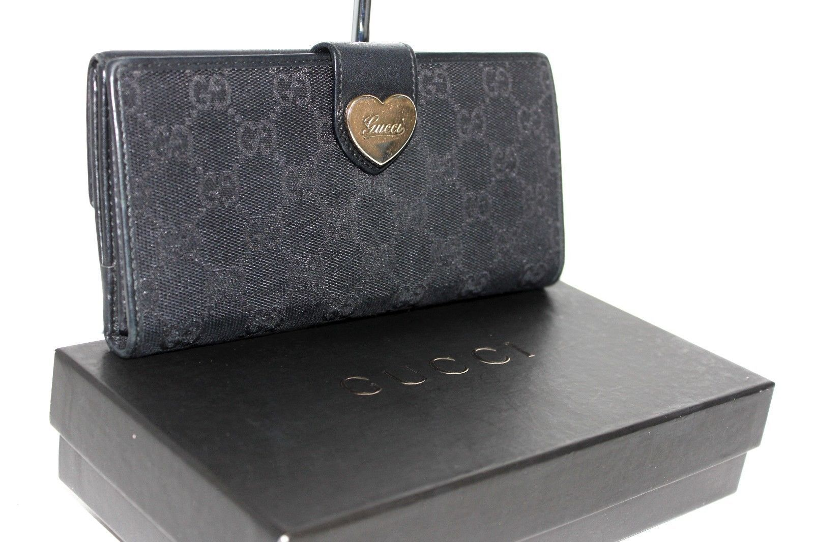 low priced 98765 bc4ba Auth GUCCI Heart Logo GG Pattern Bifold Flap and 50 similar ...