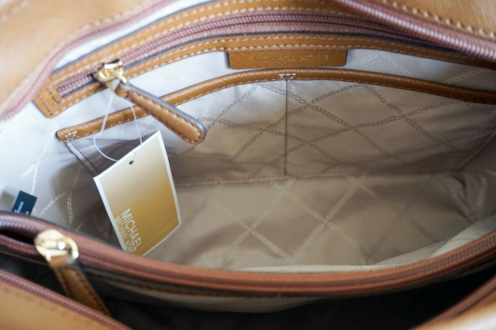 2a23f319991d MICHAEL KORS JET SET ITEM MEDIUM TOP ZIP SNAP POCKET TOTE SAFFIANO LEATHER  BROWN