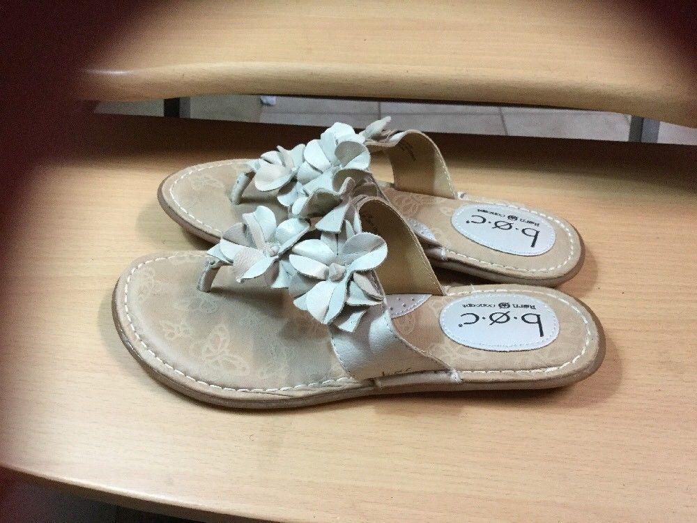 Born Concept B.O.C. sz 7 Beige Genuine Leather Flower Thong Flip Flop Sandals