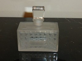 """VINTAGE CHRISTIAN DIOR MISS DIOR EMPTY FROSTED PERFUME BOTTLE 3"""" H X 2 3... - $25.00"""