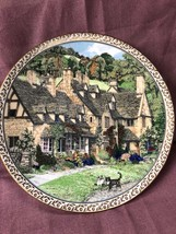Royal Worcester by Sue Scullard Villages Broadway plate 1991 England free shippi - $9.99