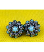 Vintage Turquoise Flower Shaped Clip On Earrings Collectibles  - $5.90