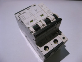 2 Pole Breaker Siemens 5SY62 C32 Dp 400VAC W. 5ST3011 Aux Contacts - Used Qty 1 - $19.00