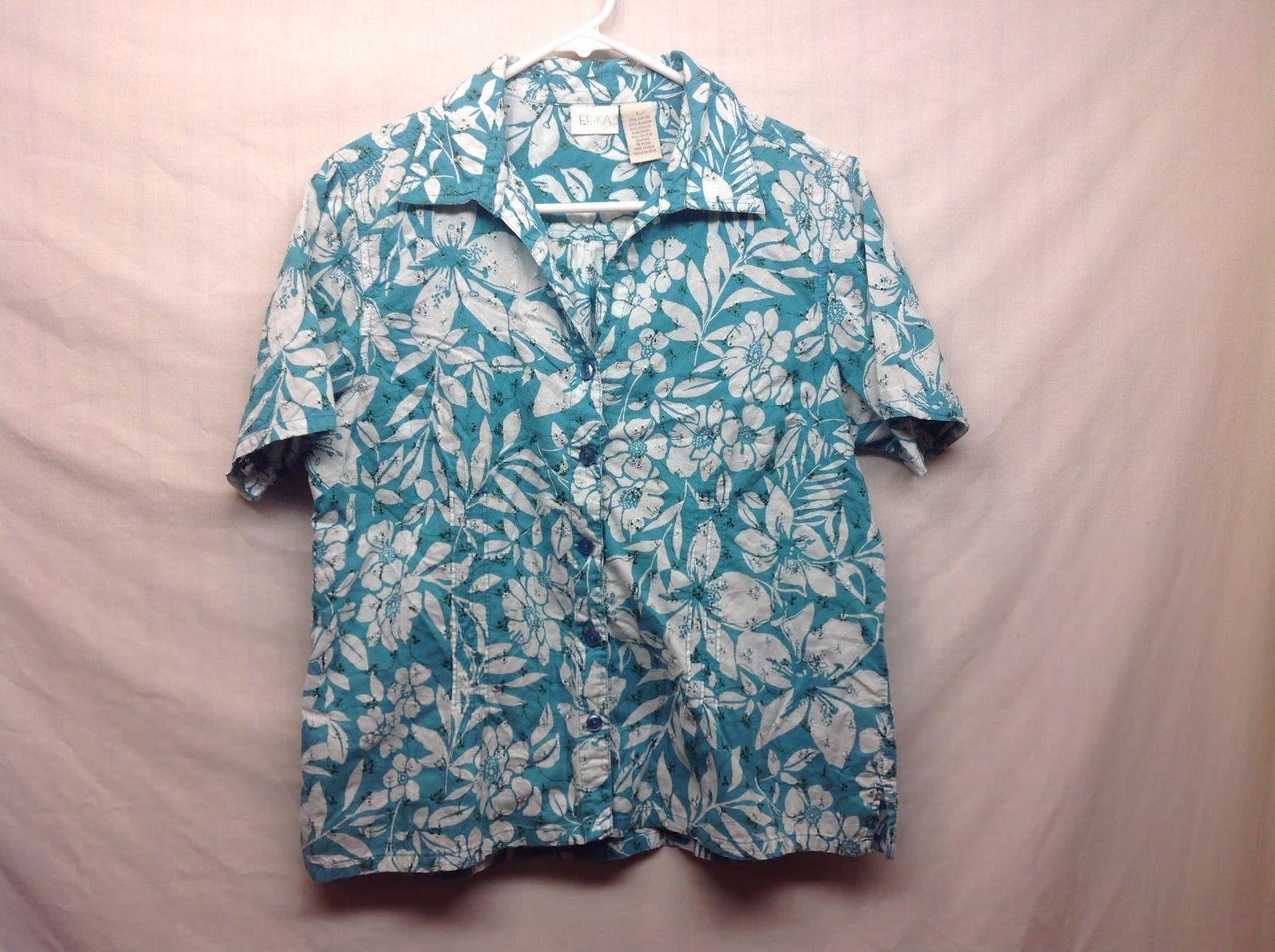 ERIKA V-Neck Button Up Light Blue Top w White Floral Pattern Shirt Sz LG