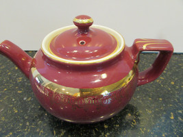VTG HALL BOSTON TEAPOT MAROON WITH GOLD #013  6 CUP USA  - $19.75
