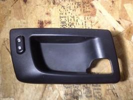 2003-2007 Cadillac SRX Cts Right Front Door Handle Bezel Matte Black 25752962 - $23.33